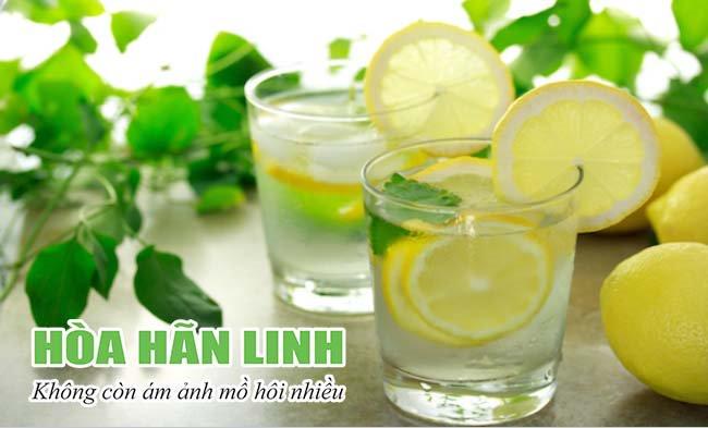 Nước chanh là thức uống giúp giảm đổ mồ hôi nhiều hiệu quả khi thời tiết nóng